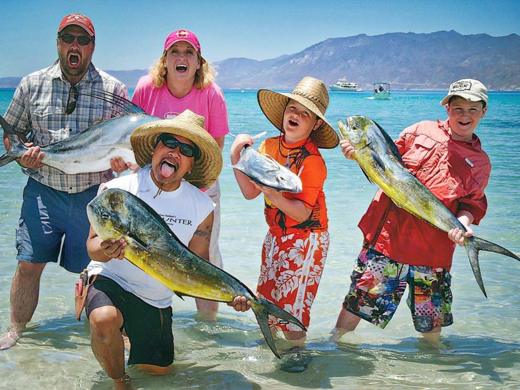 Tailhunter Sport Fishing Buddies