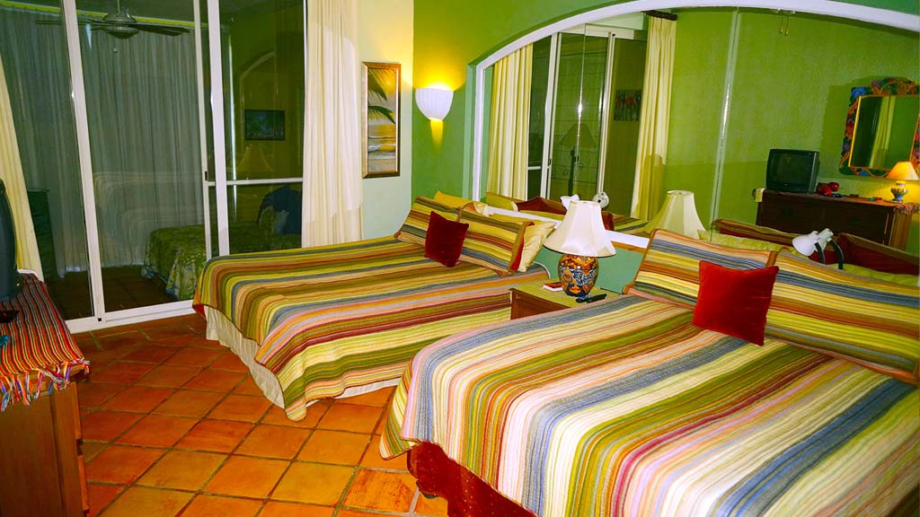 Where to Stay in La Paz, Baja - Hotel & Fishing Packages: TAILHUNTER INTERNATIONAL